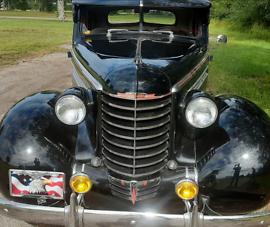 g-t-Oldsmobile-F-Series-1937-1