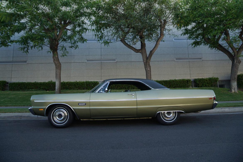 g-t-Plymouth-Fury-III-2-Door-Fasttop-383290HP-V8-Hardtop-1969-1